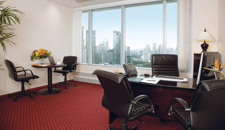 centralworld-office-with-view-720x416.png